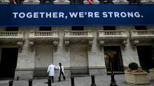 Wall Street, aidée par les banques, finit dans le vert