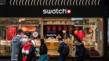 Relojes inteligentes, revueltas en Hong Kong y coronavirus, el cóctel molotov de Swatch