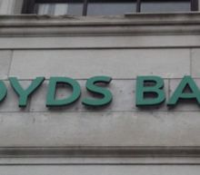 How Many Lloyds Banking Group plc (LON:LLOY) Shares Do Institutions Own?