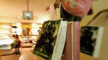 So holen Sie sich die Steuer nach dem Auslands-Shopping zurück
