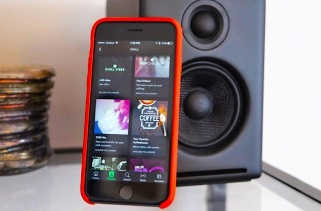 Spotify adds songwriter and producer credits to its iOS app