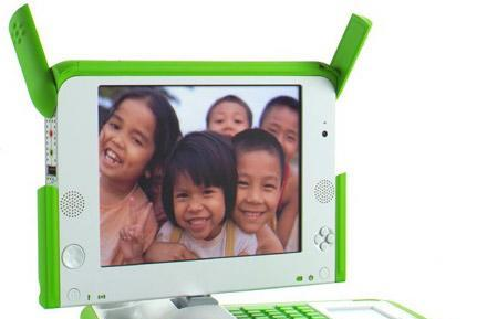 "Uruguay places the first OLPC XO order; Negroponte says Windows is ""key"""