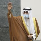 Kuwait says its ruling emir flies to US for medical checks