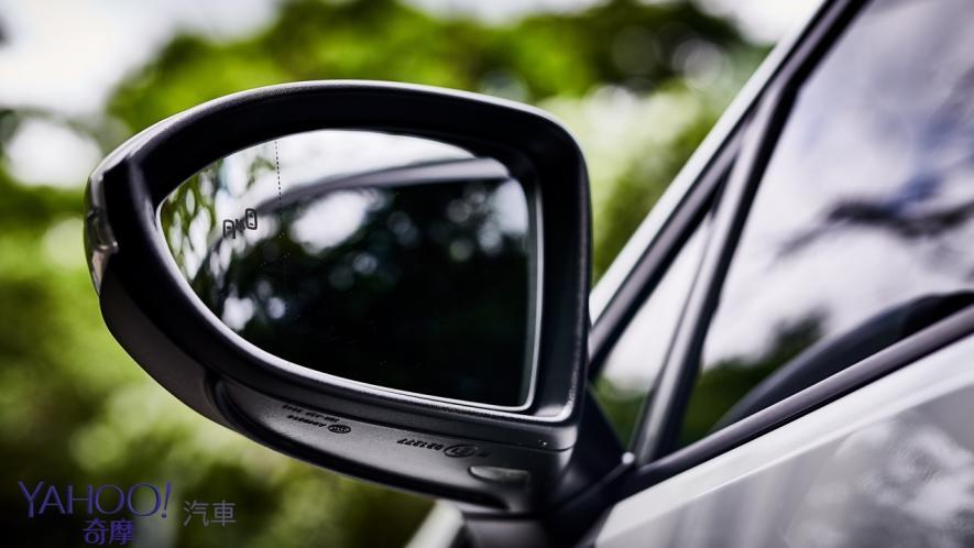 純粹駕馭的經典傳承!5代目視角下的2019 Volkswagen Golf GTi Performance Pure試駕 - 8