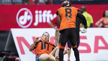 BC Lions' Marcell Young blows up streaker with bone-crushing hit