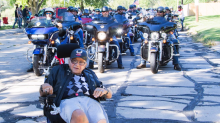 Hundreds of bikers surprise veteran with only months to live, fulfilling his dying wish