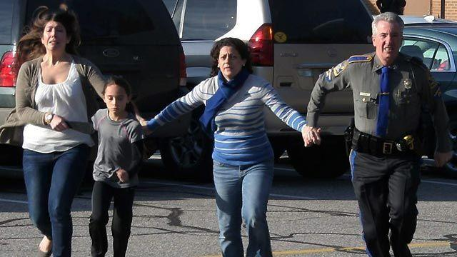 Police: Gunman killed 20 children, 6 adults before he died