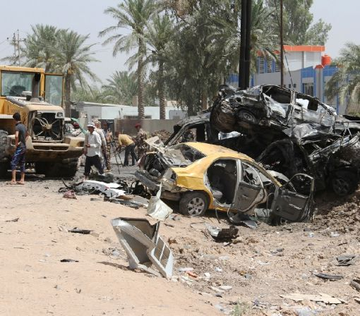 IS suicide bomber kills 12 at Iraq checkpoint