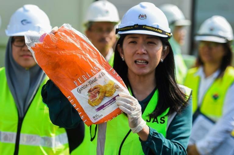 Environment Minister Yeo Bee Yin said Malaysia had returned 150 shipping containers of plastic waste to places including France, Britain and the US (AFP Photo/Mohd RASFAN)