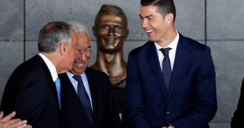 Foot - WTF - Le buste de Cristiano Ronaldo détourné sur les réseaux sociaux