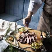 肉扒愛好者留意!蘭桂坊Porterhouse推出優惠 逢星期一半價享用八款肉扒