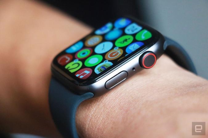 Apple Watch SE cellular model