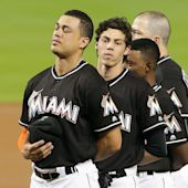 Emotional night in Miami as players and fans honor Jose Fernandez