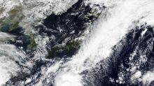 Storm heads to Tokyo area, residents urged to prepare early
