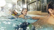 É seguro nadar durante o surto de coronavírus?