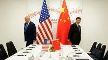 Trump considera excluir a firmas chinas de mercados bursátiles de EEUU: fuente