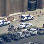 Police investigate motive behind Dallas courthouse shooting