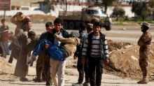 Iraqi forces pause Mosul push over concern for civilian casualties