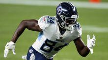 Titans' Corey Davis in the midst of impressive receptions streak