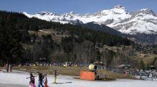 """""""Les phénomènes"""" du réchauffement climatique sont """"très, très, très rapides"""" en montagne, s'alarme la fédération des clubs alpins"""