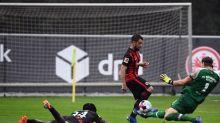 Frankfurt-Klatsche gegen Zweitliga-Aufsteiger bei Younes-Debüt