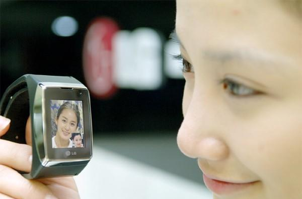 LG GD910 watchphone to go on sale in UK this August