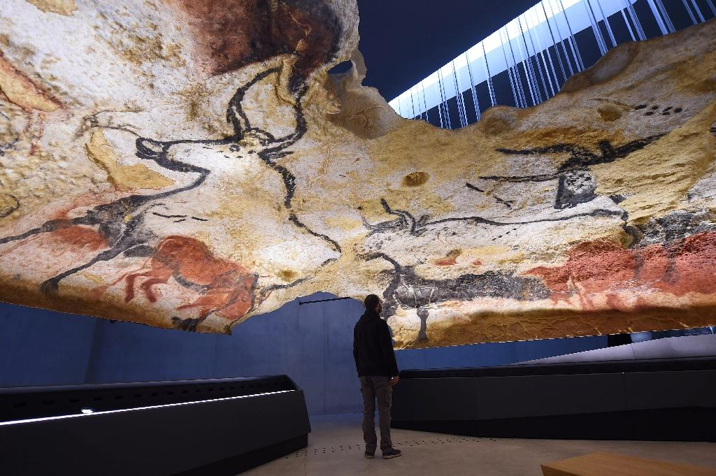 A true-to-life replica of the renowned Lascaux's Stone Age cave with its Paleolithic paintings, in Montignac, southwestern France (AFP Photo/MEHDI FEDOUACH)