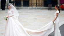 Ecco come comprare (in saldo) l'abito da damigella di Pippa Middleton
