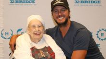 88-year-old woman with terminal illness meets and flirts with Luke Bryan