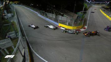 """Após incidente com Grosjean, Mercedes pede que retardatários tenham """"maior perspectiva geral"""""""