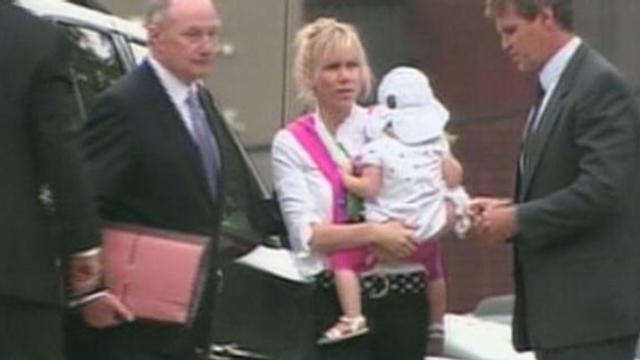 Rielle Hunter Apologizes for John Edwards Affair