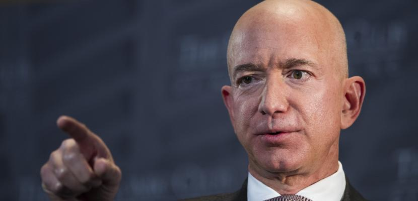 Here's how quickly the richest CEOs in America can pay your bills