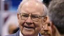 Warren Buffett: 'I won't be selling airline stocks'