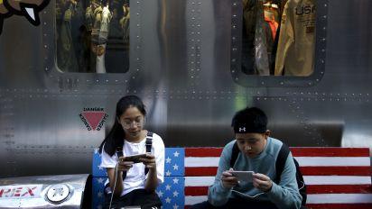 Morning Brief: US-China hike tariffs