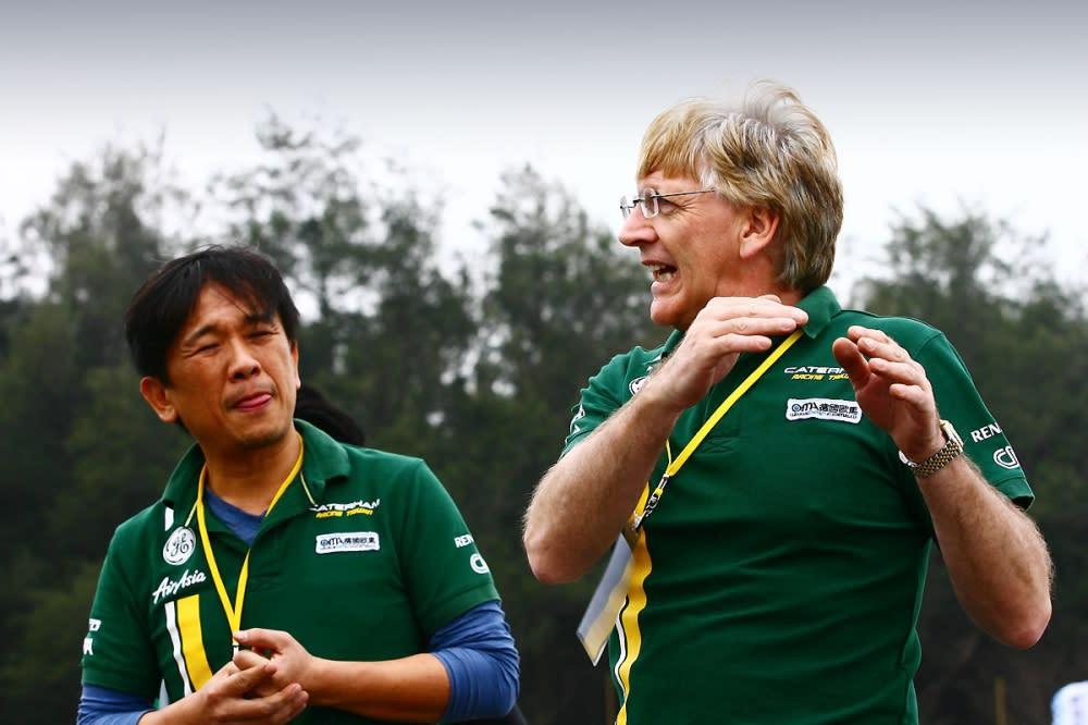總教練Alan Parkes右以及德國歐馬汽車董事長羅達仁左,是這場活動的核心人物。