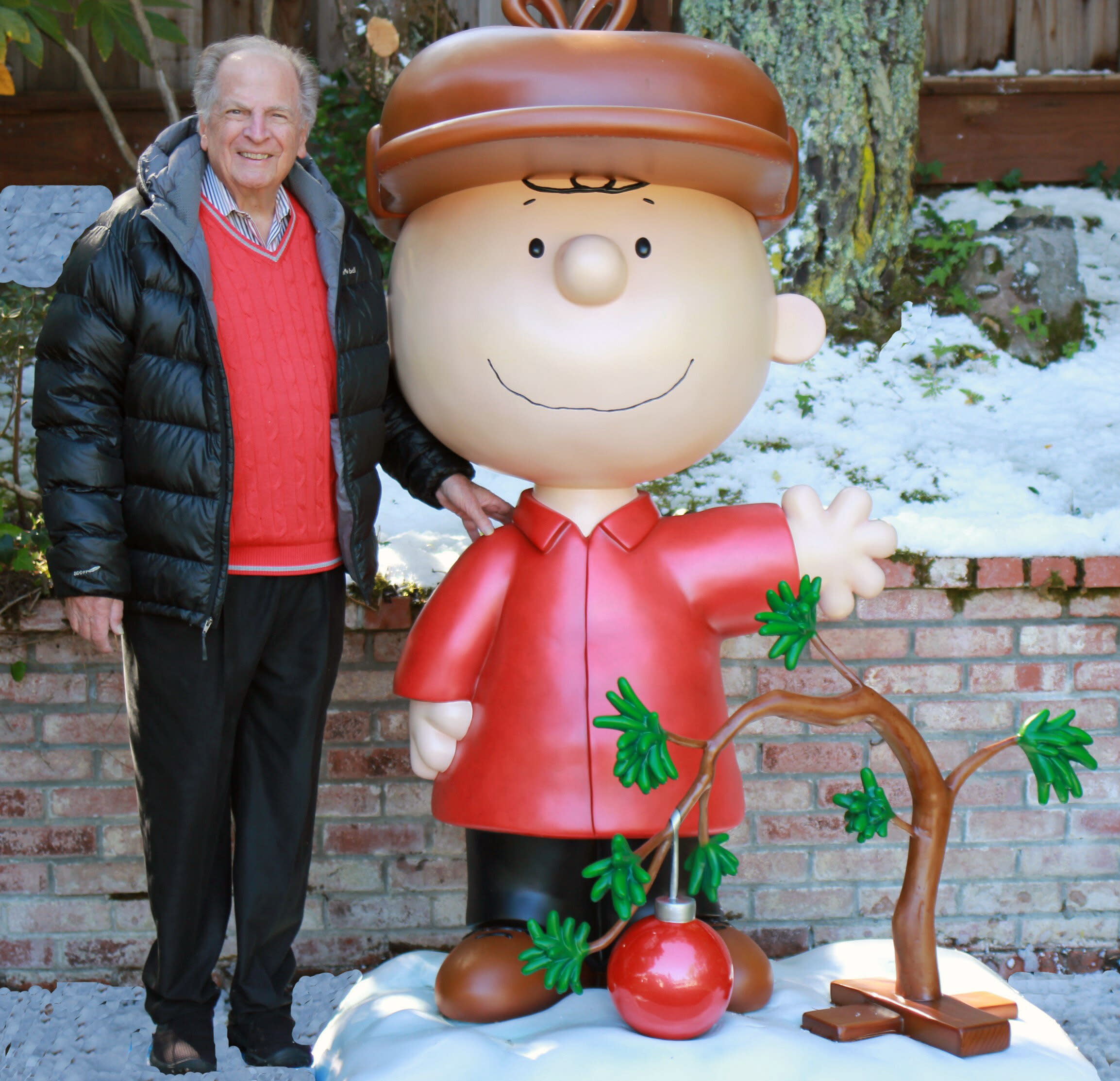 Lee Mendelson, man who brought 'A Charlie Brown Christmas' to TV, dies