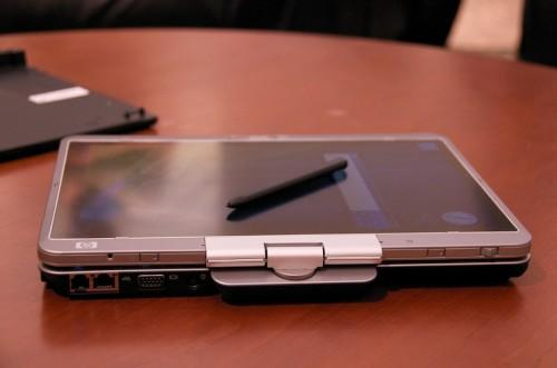 HP's rugged EliteBook 2730p tablet and 2530p laptop for suits and Gobi squares