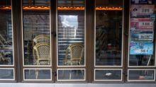 """Covid-19 : un """"coup de grâce"""", les professionnels de la restauration appréhendent le couvre-feu"""