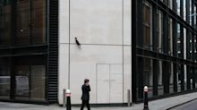 U.K. Property Funds With $16 Billion Face Reopening Dilemma