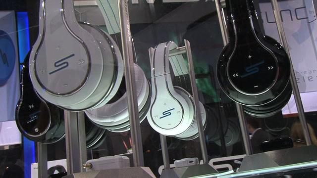 CES 2012: 50 Cent Touts SMS Audio's Sync Headphones