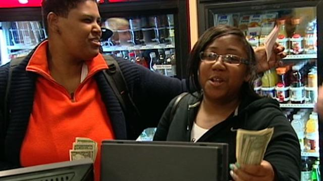 Powerball Jackpot Climbs to $425 Million