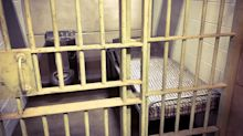 Florida woman allegedly left alone to give birth in jail cell