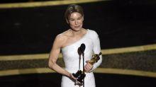 "Renee Zellweger gana Oscar a Mejor Actriz por ""Judy"""