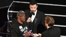 Ex-reo entre turistas de Premios Oscar