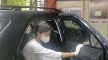Whose car did Rhea Chakraborty go to CBI office in?