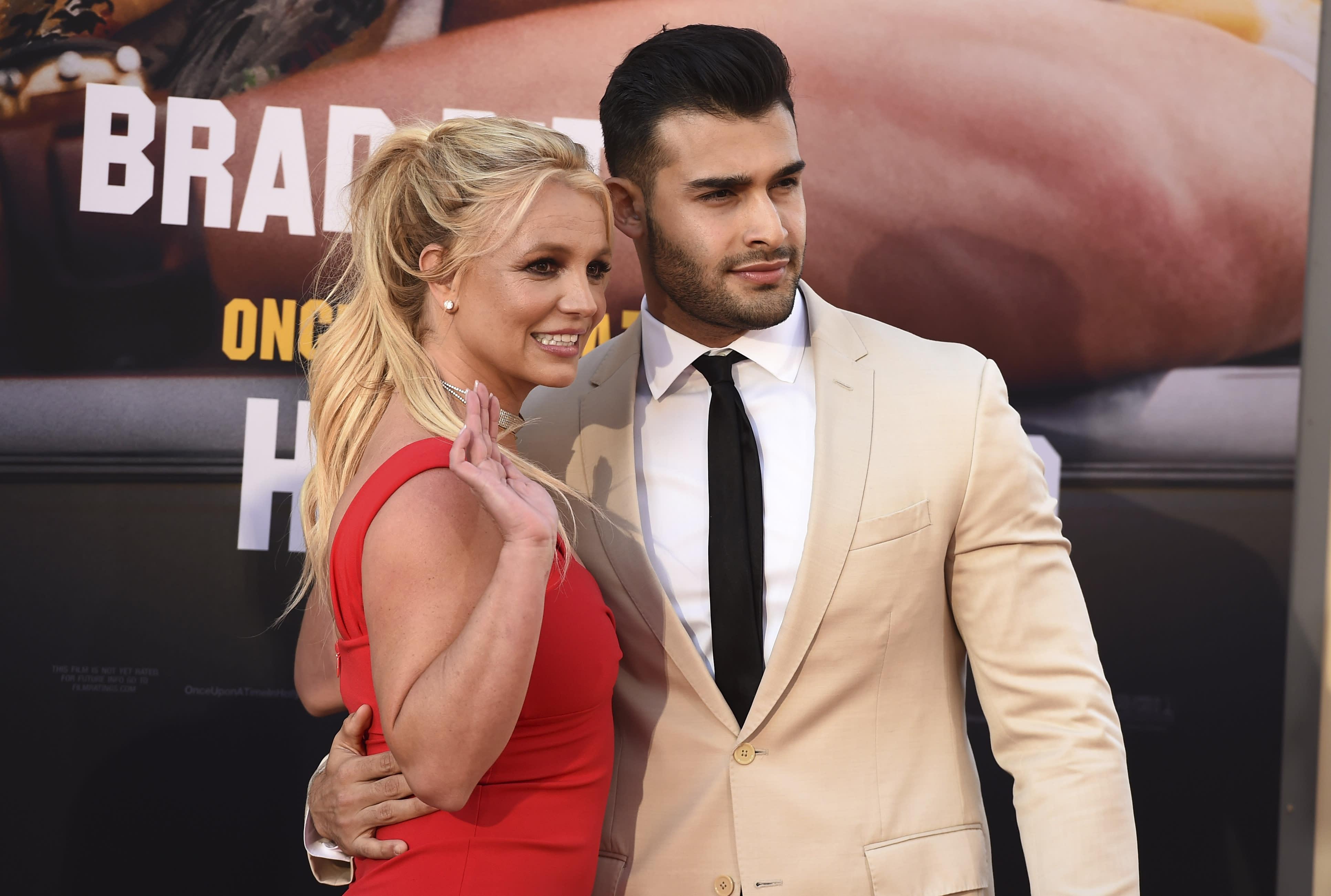Britney Spears Breaks Her Foot While Dancing