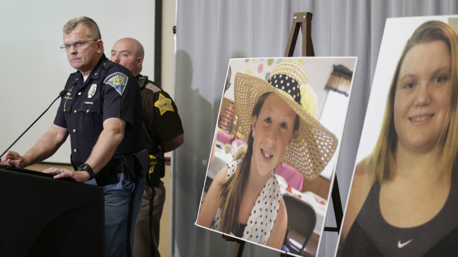 Video released in search for killer of Indiana girls