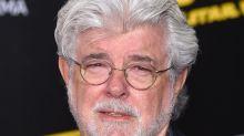 """""""Star Wars""""-Erfinder George Lucas trifft Baby Yoda"""