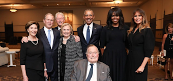'Beautiful' moment captured at Bush memorial