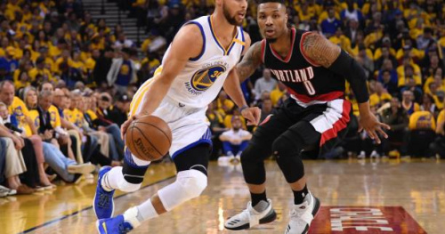 Basket - NBA - Le Top 5 de la nuit : Stephen Curry donne le tournis à la défense de Portland